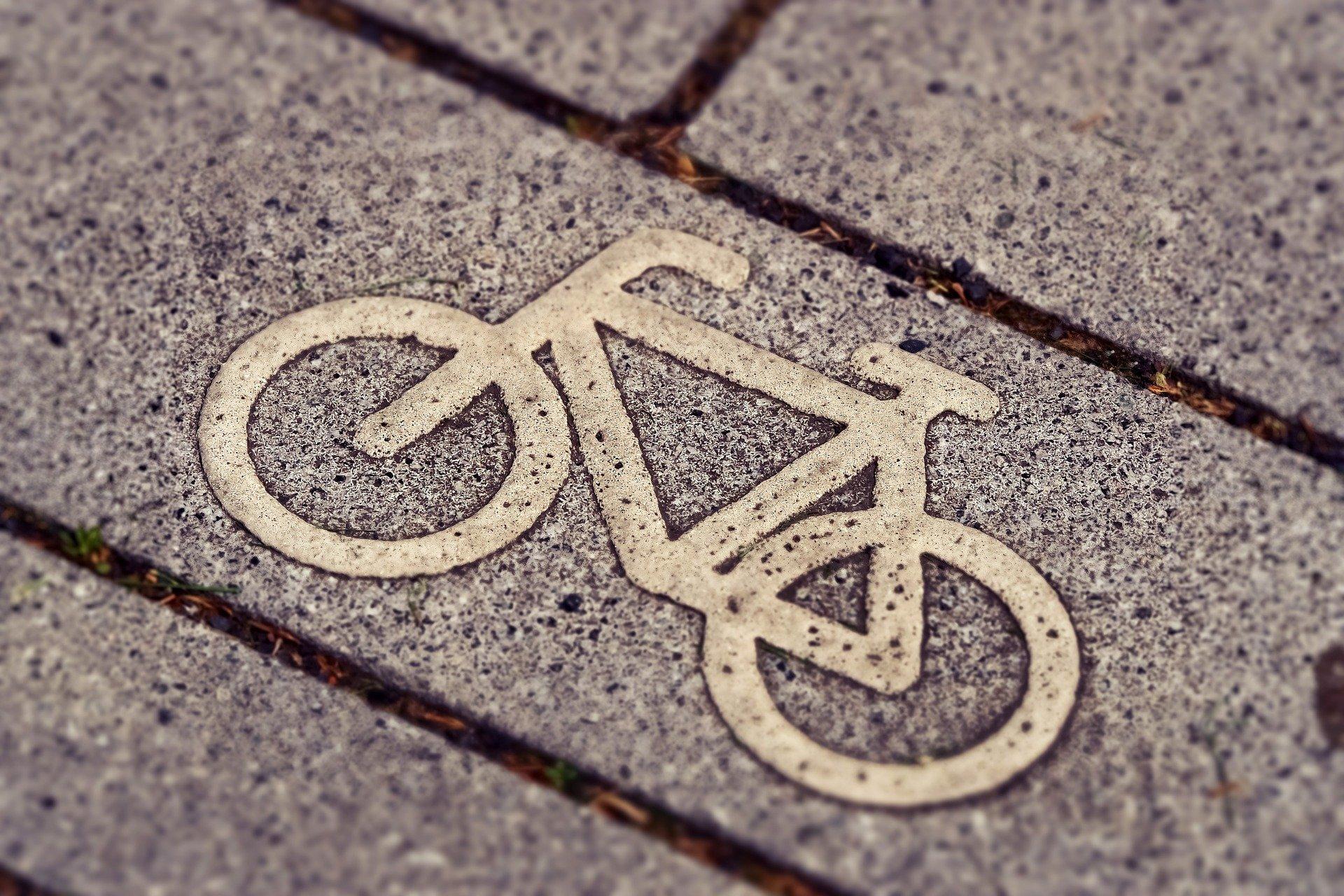 Fahrrad-Heimtrainer